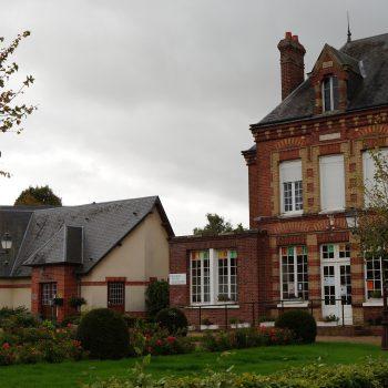 Mairie et Bilbiothèque de Hauville